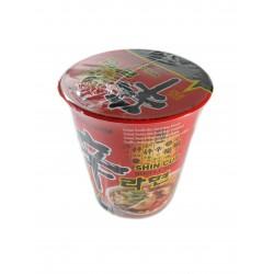 Polévka nudlová v kelímku Shin silně pálivá 68g